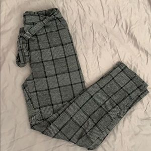 Forever21 plaid pants (W/ POCKETS)